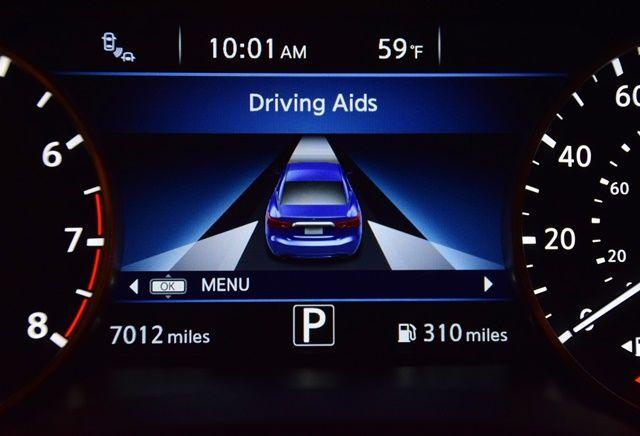1i Nissan Max driving aids.jpg