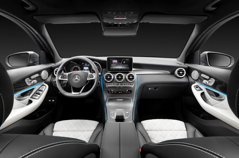 2016-Mercedes-Benz-GLC-Class-4Matic-interior-view.jpg